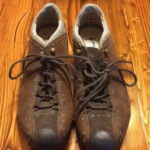 NWT waterproof Timberlake hiking shoes